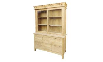 CB 113 Ashton Glass Cabinet - cabinets