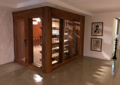 Wine cabinet -